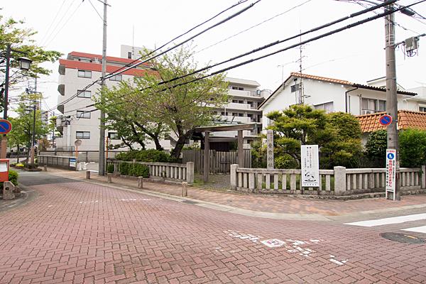 青衾神社全景