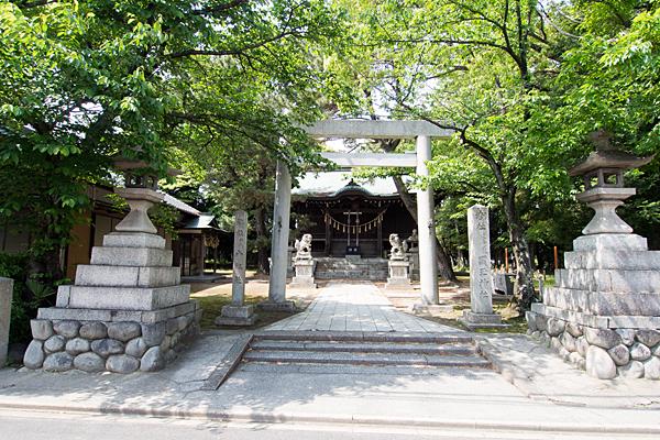 国玉神社八剣社合殿