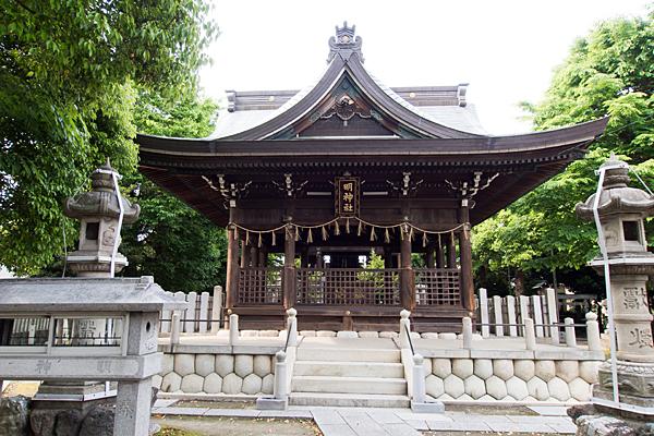 明神社社殿