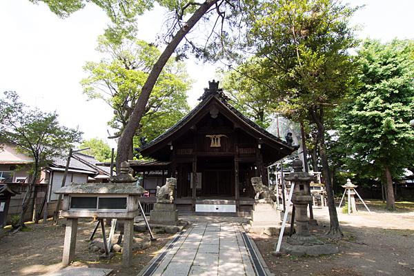 六生社拝殿