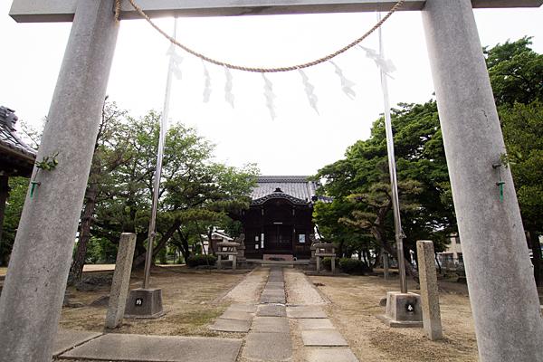 千音寺稲屋七所社