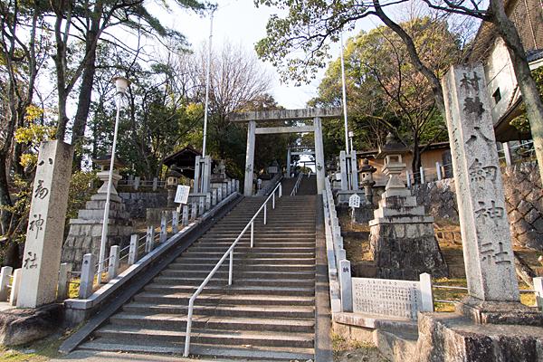 大森八劔神社入り口