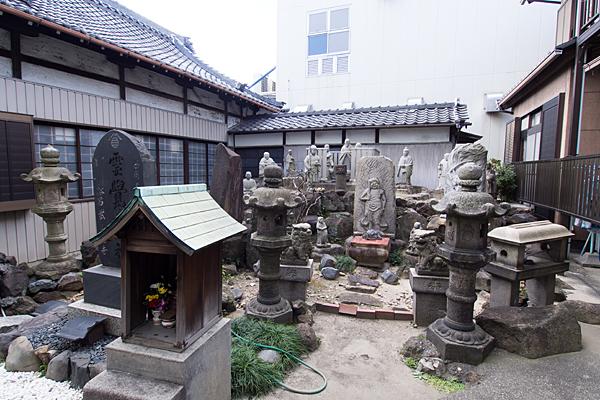 御嶽教東福寿教会