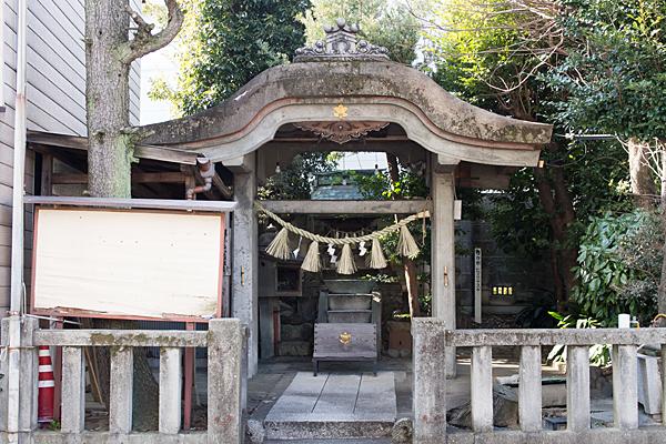 蝮ヶ池西八幡社