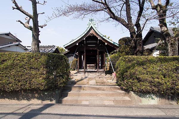 上小田井稲荷社