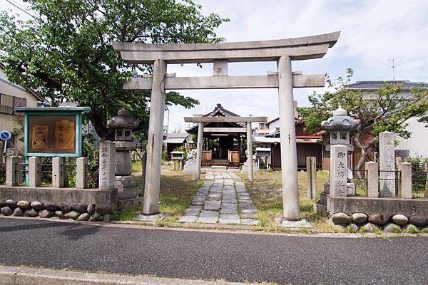 武島天神社