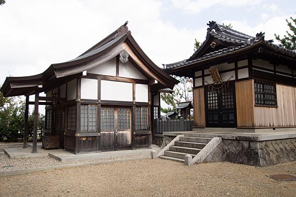 八つ松八幡社蔵王堂